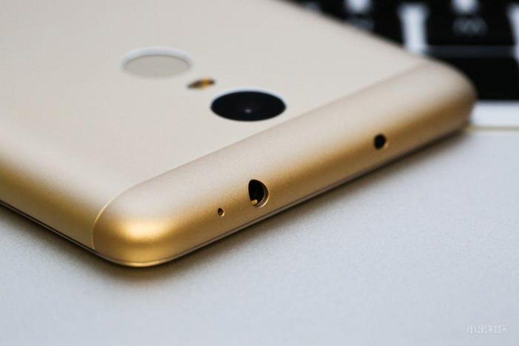 Xiaomi-Redmi-Note-3-Pro-top
